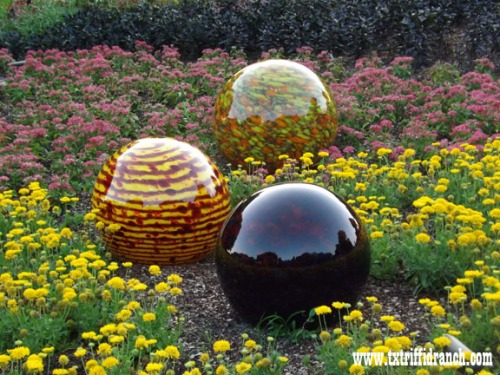 Chihuly globes 2
