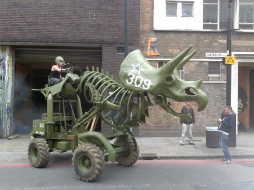 Tricera-Tractor