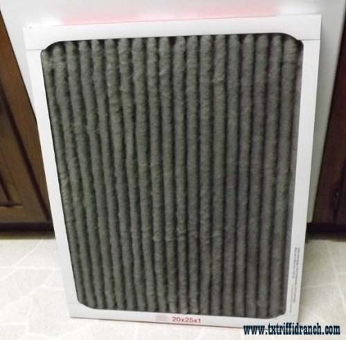 Air filter, top