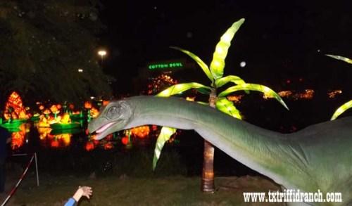 Chinese Lantern Festival - Apatosaurus